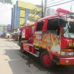Batasan Hills Fire Brigade extinguishes fire in Freedom Park. (2)