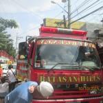 Batasan Hills Fire Brigade extinguishes fire in Freedom Park. (3)