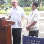 Capt. Abad witnesses unveiling of heritage tree marker in Congress. (103)