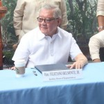 Capt. Abad witnesses unveiling of heritage tree marker in Congress. (123)