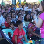 4Ps beneficiaries get oriented about their Christmas privileges. (14)