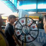 Petron Sprint 4T consumers spin roulette for prizes. (2)