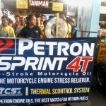 Petron Sprint 4T consumers spin roulette for prizes. (4)