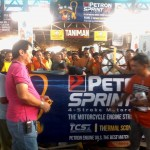 Petron Sprint 4T consumers spin roulette for prizes. (5)