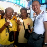 Petron Sprint 4T consumers spin roulette for prizes. (9)