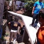 Taniman Residents construct Bridge (3)