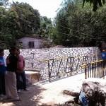Taniman Residents construct Bridge (7)